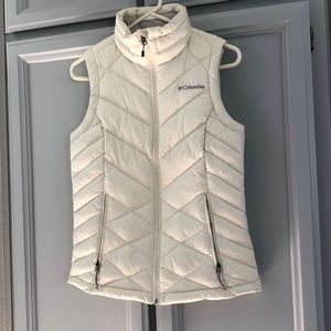 Columbia Vest Used in Woman